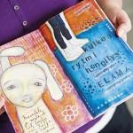 Mareena Heinonen on tallentanut päiväkirjanomaiseen luonnoslehtiöön ajatuksiaan lapsensa huostaanoton eri vaiheista.