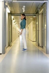 Elina Hermanson on työskennellut kesäkuun alusta asti Helsingin koulu- ja opiskeluterveydenhuollon ylilääkärinä.