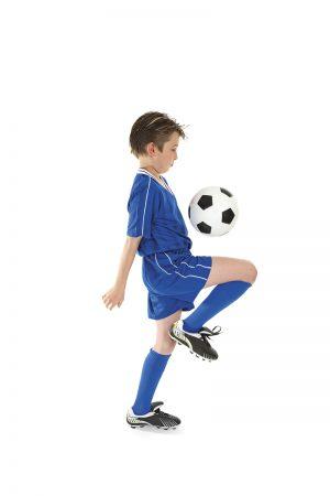 Huippupelaajan paras kaveri on pallo – pienestä pitäen. Huippujalkapalloilijaksi ei pääse, jollei harjoittele vallan vimmatusti nuoruusiässä.