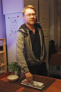Santtu Vekkeli syö pari kertaa viikossa hyönteisruokaa.