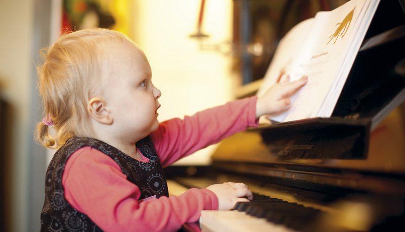 Petra ja Pekko Käppi: Laulu lapsen kasvattaa