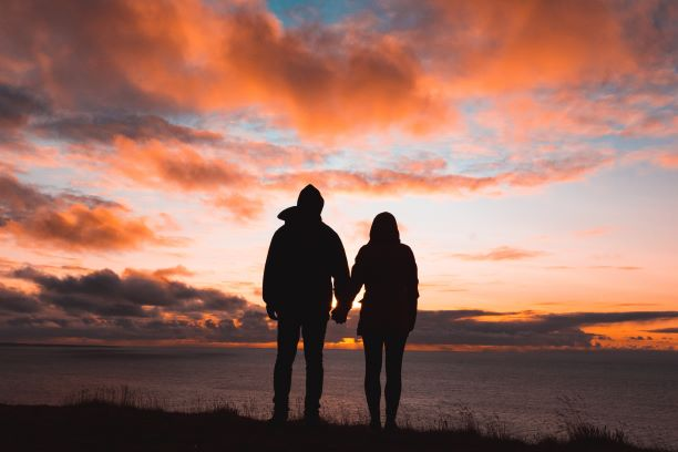 Pitkän parisuhteen salaisuus 2: ajattele eroa