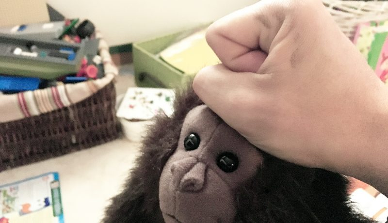 Väkivallan muisto lapsuudesta kaikuu kauas