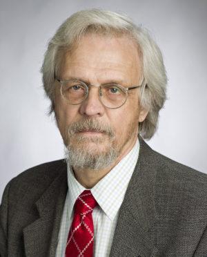 """Pentti Arajärvi (2003–): """"Tärkeää on eriarvoisuuden ehkäisy tai oikeastaan yhdenvertaisuuden edistäminen."""" Kuva Ari Aalto"""